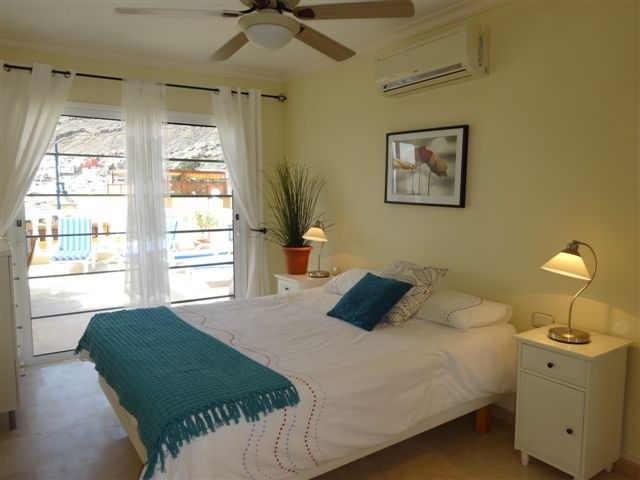 Mirador - 3 Bed Apartment - Beachside - Master Bedroom