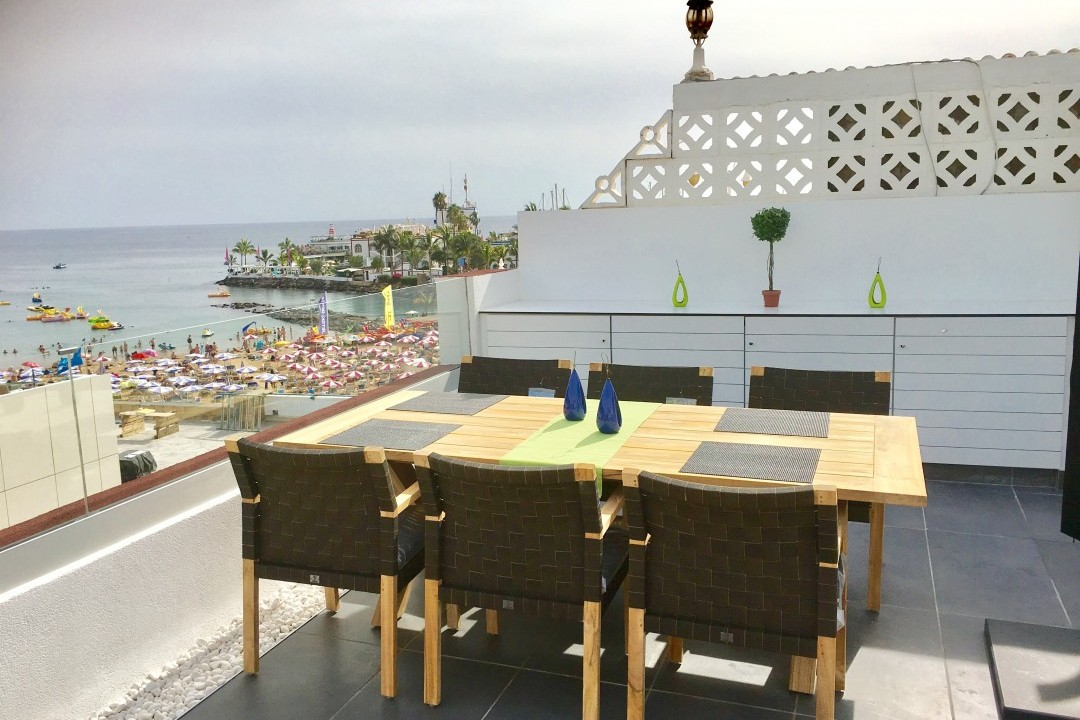 Pescadores  - 3 Bed Penthouse  - Beachside Luxury - Dining  for 8 on the Roof Terrace