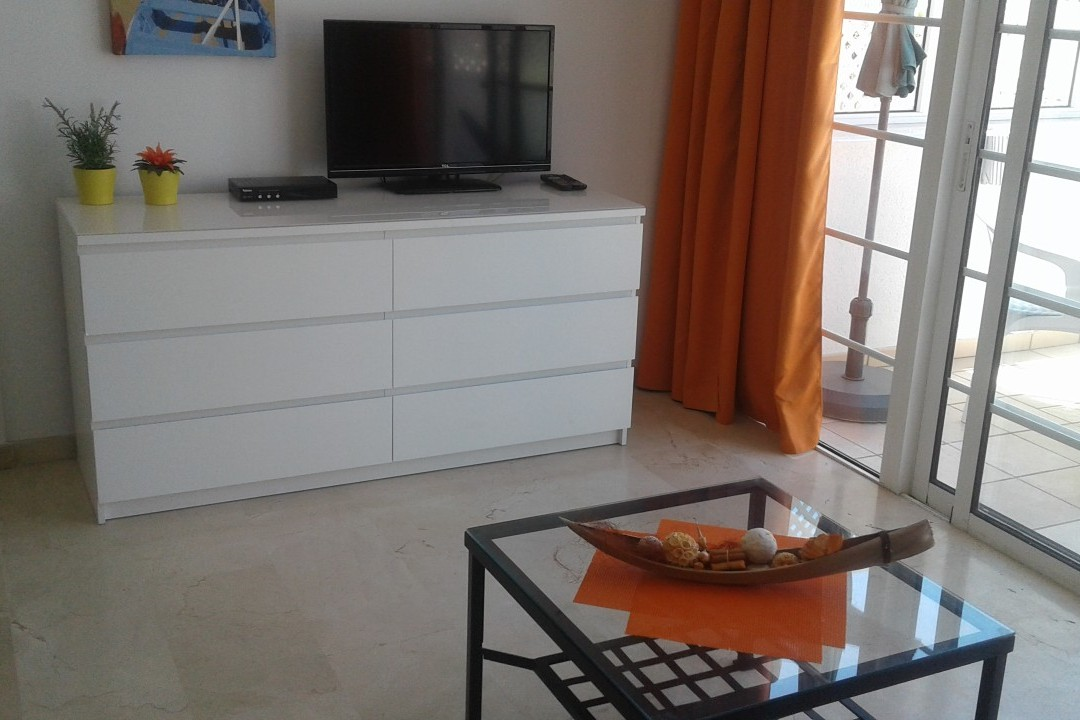 Playa Mogan - 1 Bed Apartment - Central Location - Living room  with TV