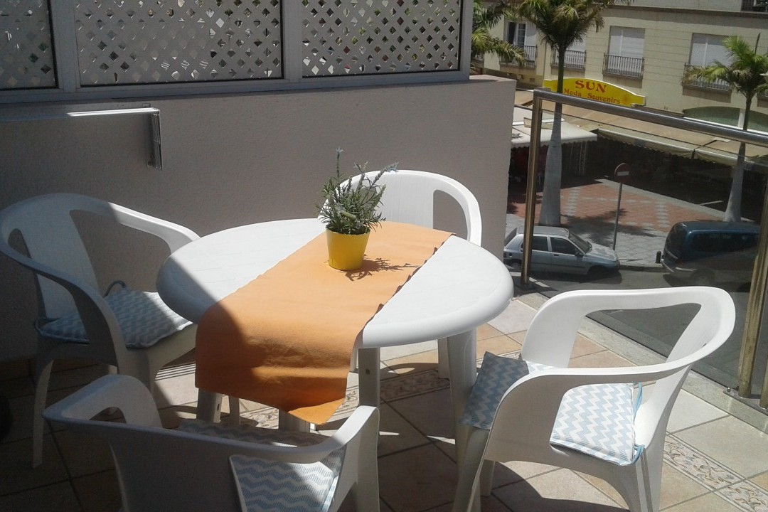 Playa Mogan - 1 Bed Apartment - Central Location - Sun Terrace