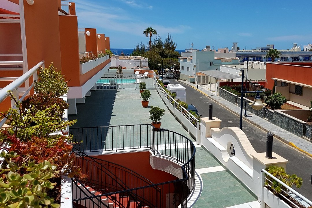 Paraiso 1 - 1 Bed Apartment - Calle La Puntilla - Terrace View to Street