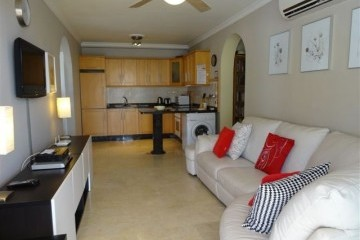 Mirador - 3 Bed Apartment - Beachside - Living Room +  Kitchen view
